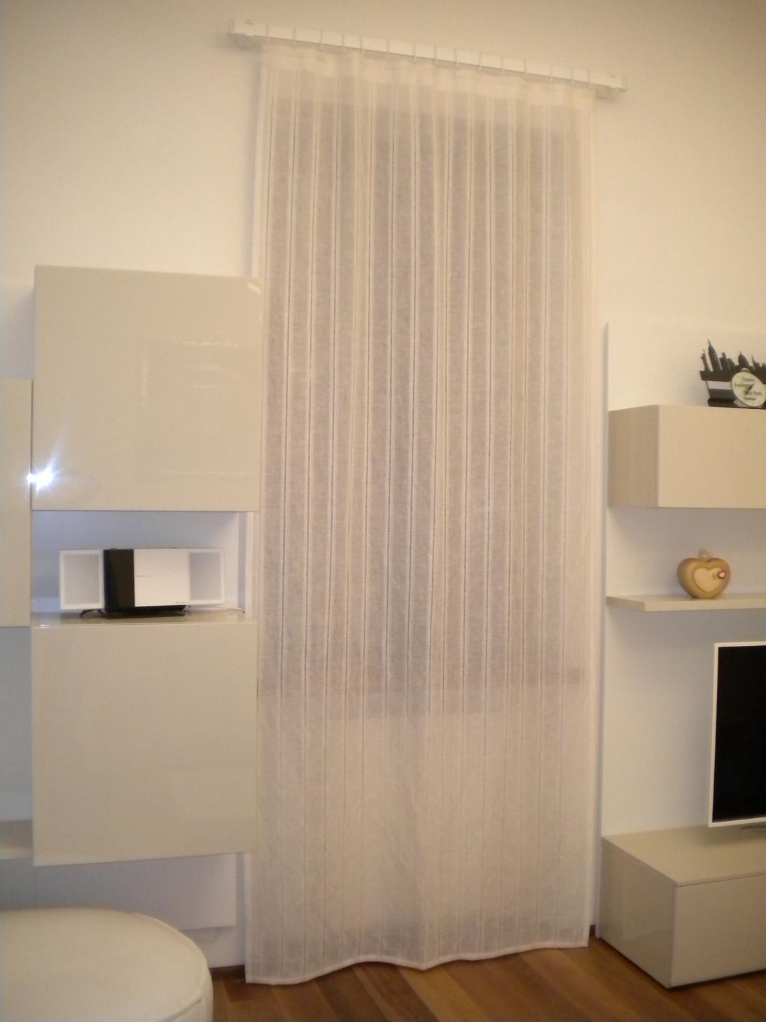 Arredare Con Tende Moderne.Tende Arredamento Moderno Stunning Luarte Si Compone Di Molti
